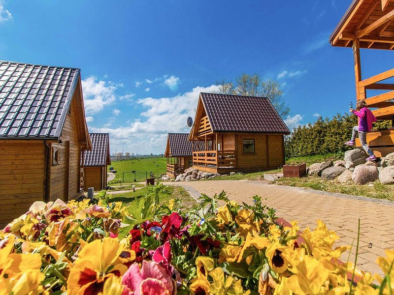 Cozy Cottage in Baltic Coast with Garden, holiday rental in Western Poland