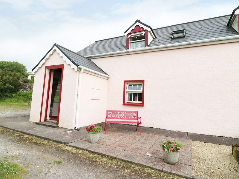 Fuschia Cottage, WATERVILLE, COUNTY KERRY, Ferienwohnung in Ballinskelligs