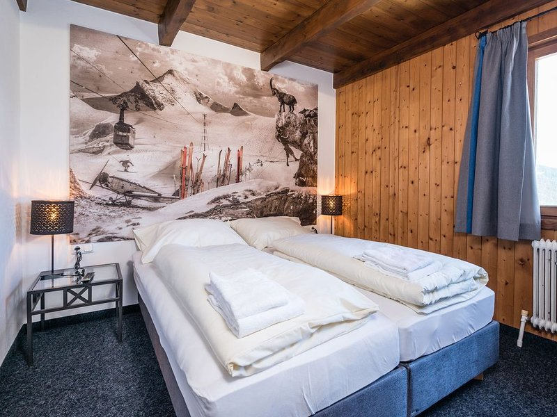 Gorgeous Chalet with Sauna in Königsleiten, holiday rental in Gerlos