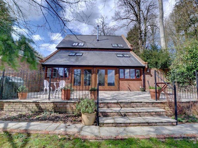 Valley View Barn - Three Bedroom House, Sleeps 6, holiday rental in Groombridge
