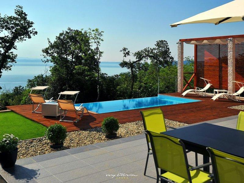 Modern villa with sea views near Opatija, holiday rental in Ucka Nature Park