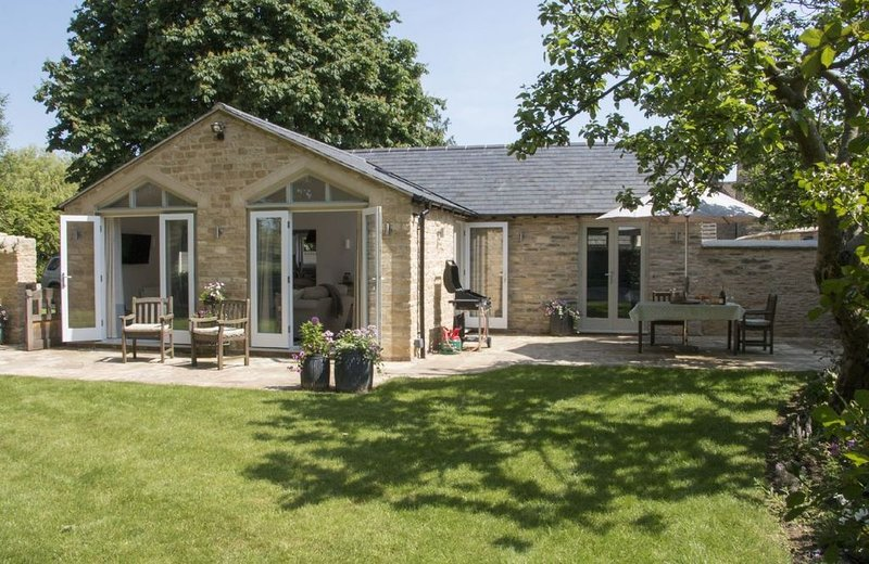 Hunter Cottage, a romantic retreat for two guests whilst being close to local am, holiday rental in Carterton