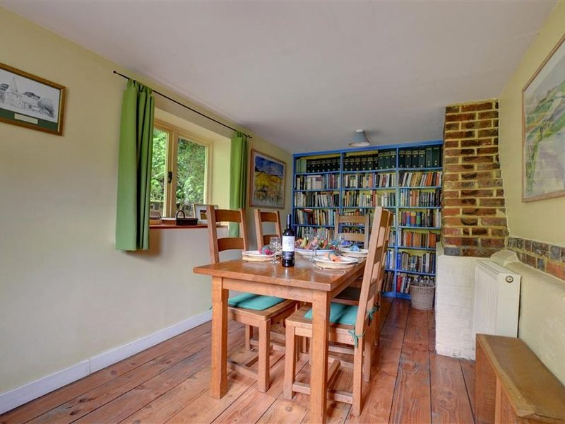Butters Cottage - Three Bedroom House, Sleeps 5, vacation rental in Dallington
