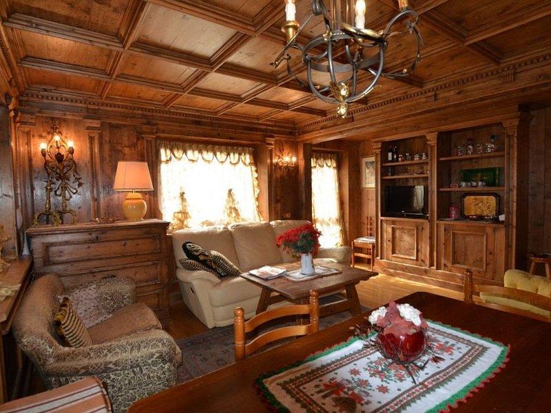 Cà Enrosarida 2 appartamento in zona centrale - 6 posti letto - WIFI, holiday rental in Tai di Cadore