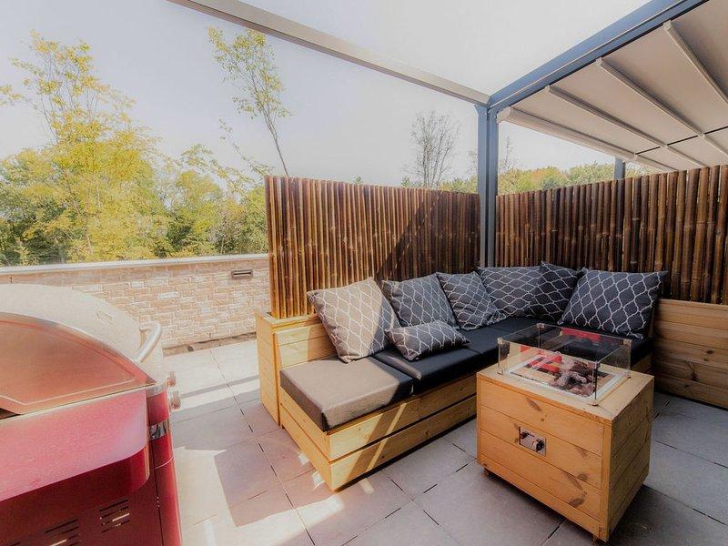 Comfortable, modern apartment, just 4 km. from Maastricht, alquiler vacacional en Rekem