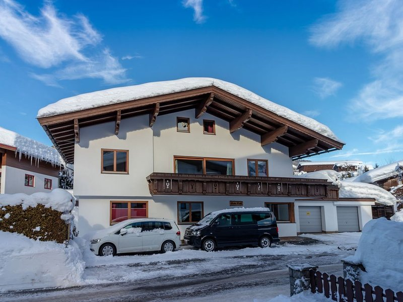 Sunlit Apartment with Infrared Sauna in Fieberbrunn – semesterbostad i St. Ulrich am Pillersee