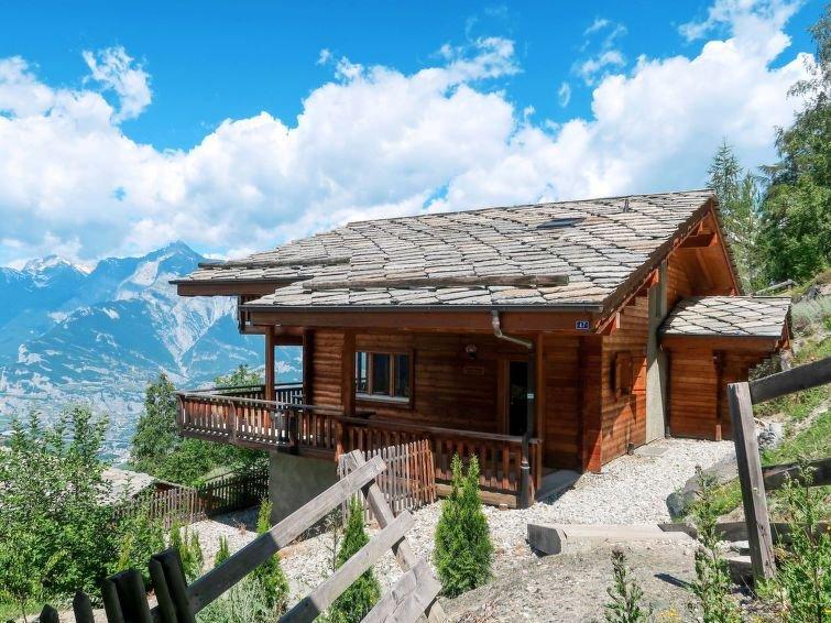 Vacation home Chalets Les TchoueillesII  in Veysonnaz, Les 4 Vallées ( Valais), vacation rental in Veysonnaz