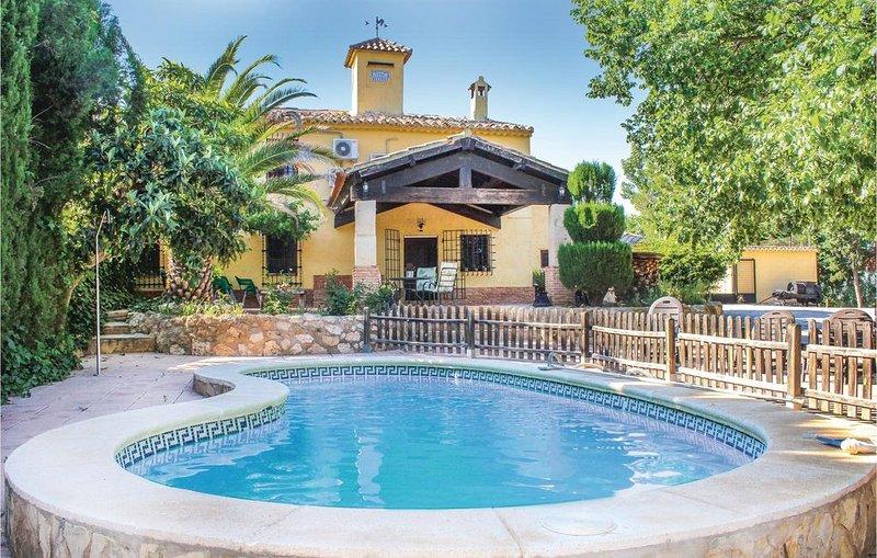 4 Zimmer Unterkunft in Albacete, holiday rental in Jumilla
