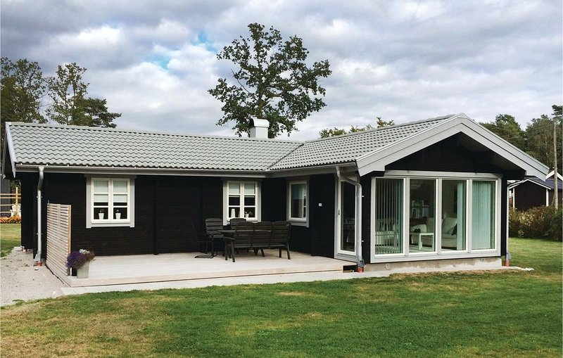 3 Zimmer Unterkunft in Ramdala, holiday rental in Listerby