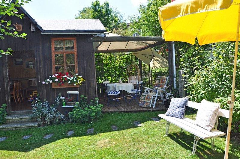 Landhaus Bruckner (Bad Alexandersbad) - maison de campagne Bruckner - abri de jardin et terrasse