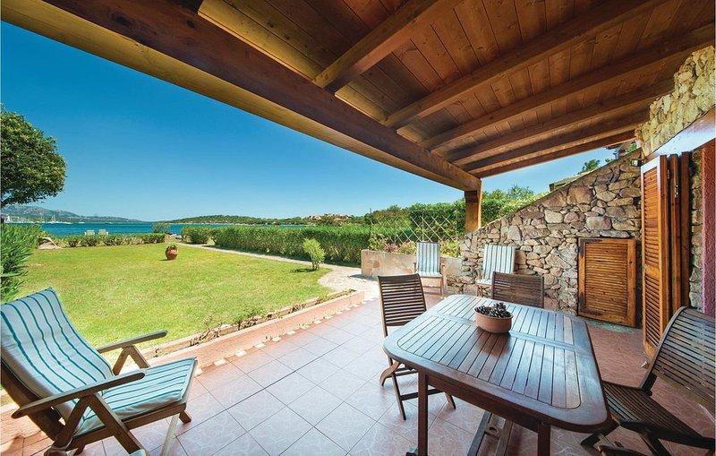 2 Zimmer Unterkunft in Olbia, holiday rental in Portisco