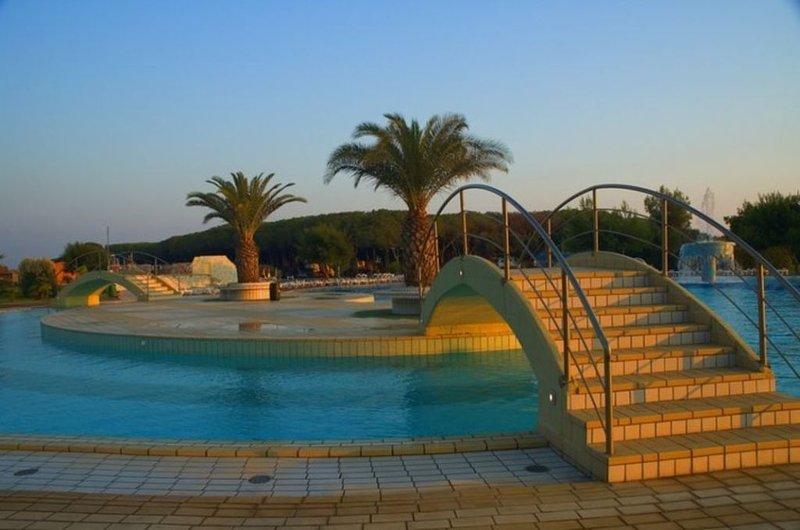 Ferienhaus - 6 Personen*, 24m² Wohnfläche, 2 Schlafzimmer, Internet/WIFI, holiday rental in Marina Velca
