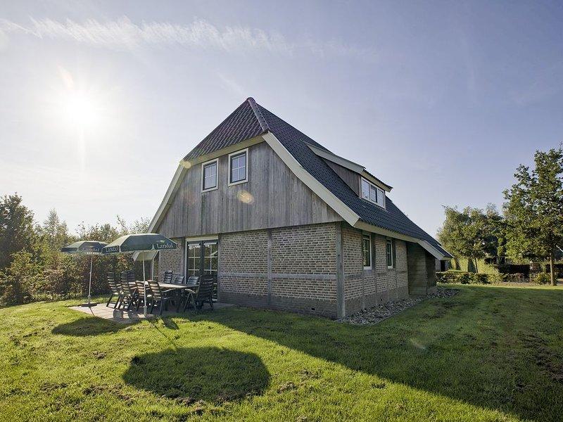 Komfort 10-Personen-Ferienhaus im Ferienpark Landal Orveltermarke, Ferienwohnung in Zwiggelte
