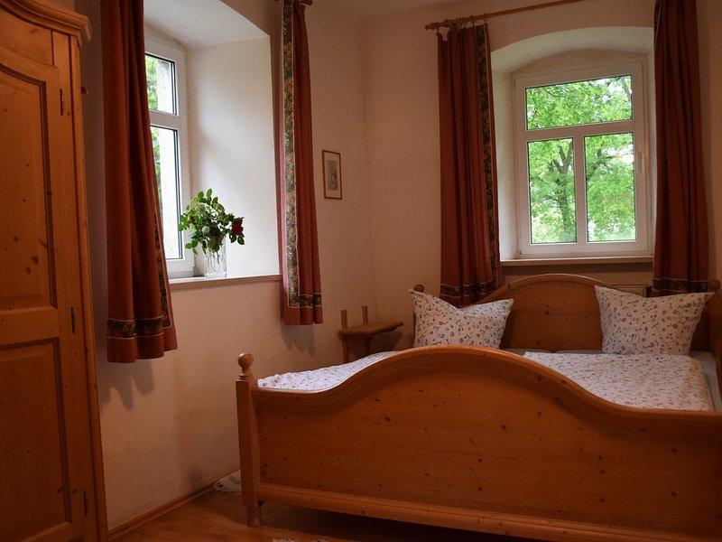 40qm-große Ferienwohnung für bis zu 3 Personen, vacation rental in Wunsiedel