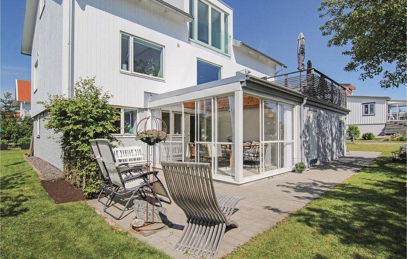 3 Zimmer Unterkunft in Hönö – semesterbostad i Västra Frölunda