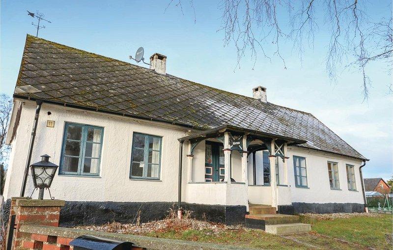 2 Zimmer Unterkunft in Skurup, vacation rental in Lund