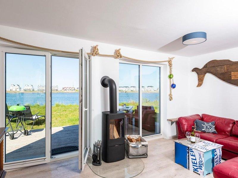 Das Ferienhaus BOJE liegt direkt am Meer und in unmittelbarer Nähe zum Sandstran, casa vacanza a Kappeln