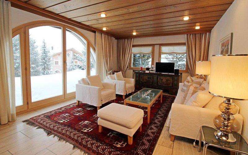Attraktive, familienfreundliche Wohnung an beliebter Lage, casa vacanza a La Punt-Chamues-ch