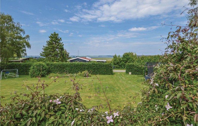 2 Zimmer Unterkunft in Holbæk, vacation rental in East Jutland
