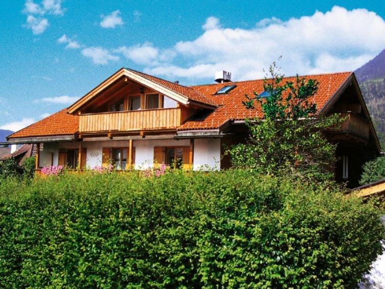 Apartment Haus Eberhorn  in Garmisch - Partenkirchen, Bavarian Alps - Allgäu -, holiday rental in Garmisch-Partenkirchen