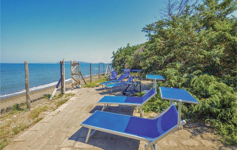 4 Zimmer Unterkunft in Orbetello -GR-, casa vacanza a Orbetello