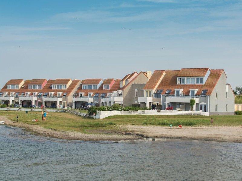 Komfort 6-Personen-Ferienwohnung im Ferienpark Landal Port Greve, holiday rental in Brouwershaven