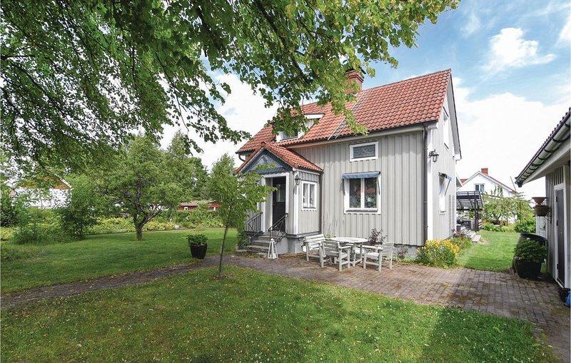 2 Zimmer Unterkunft in Rottneros, aluguéis de temporada em Sunne