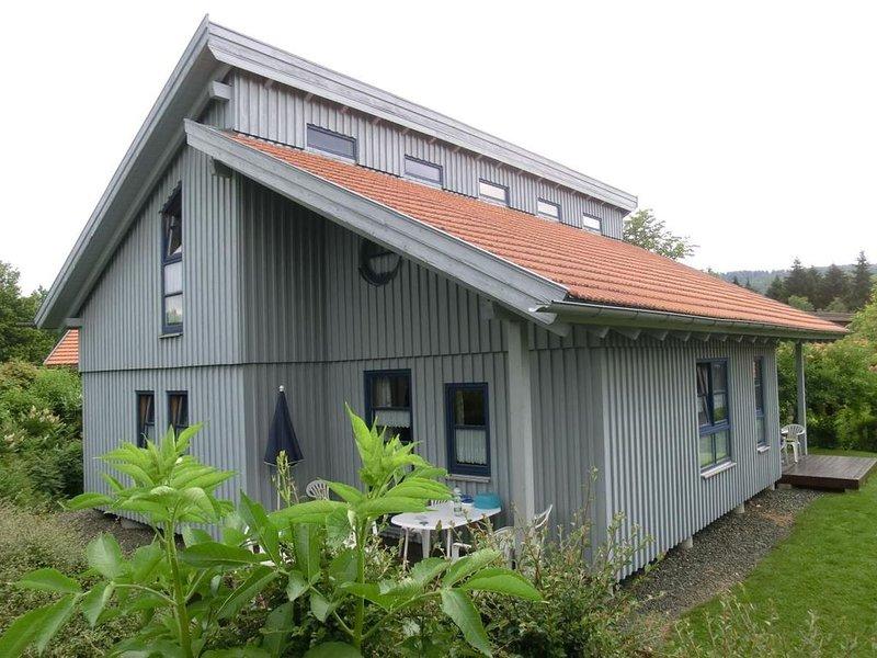 Ferienhaus Waldmünchen Ta3 70qm bis 6 Pers (9a) WLAN und Erlebnisbadnutzung inkl, holiday rental in Waldmunchen