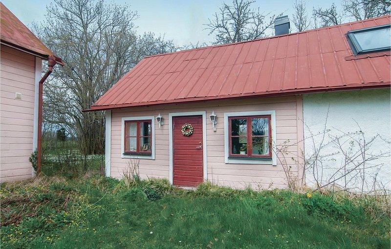 1 Zimmer Unterkunft in Romakloster, holiday rental in Gotland