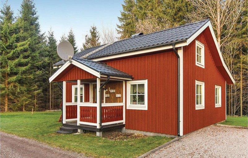 2 Zimmer Unterkunft in Väse, vacation rental in Kristinehamn