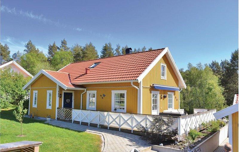 4 Zimmer Unterkunft in Fjällbacka – semesterbostad i Kungshamn