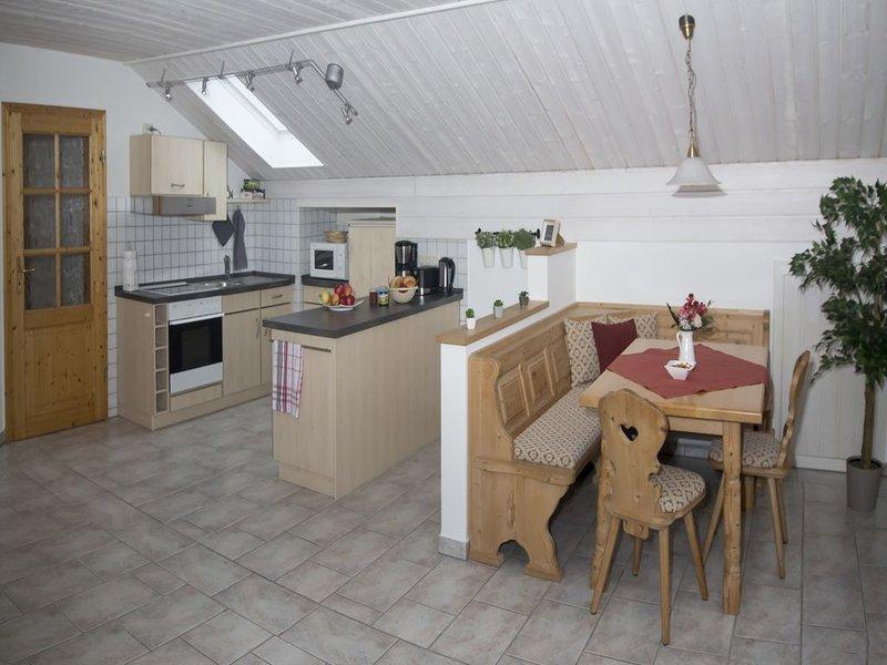 Ferienwohnung für 4 Personen, Balkon, 65 qm, holiday rental in Kastl