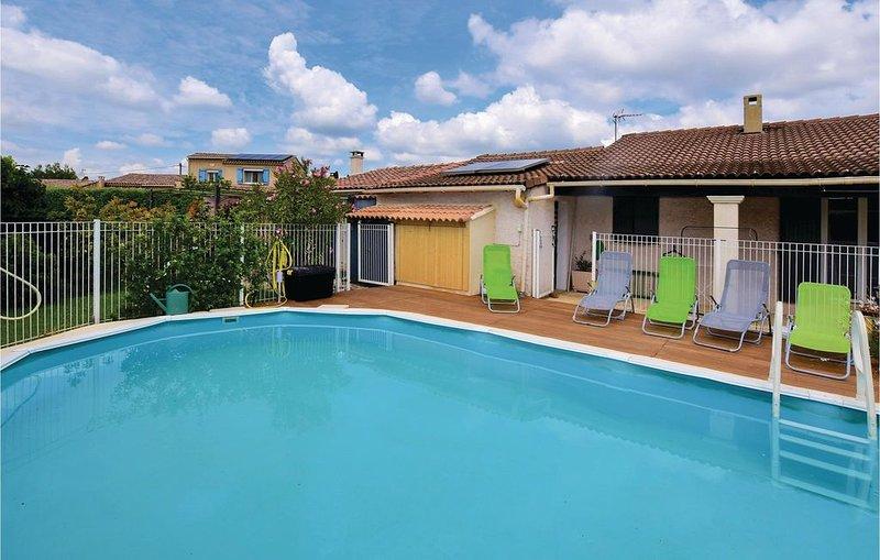 1 Zimmer Unterkunft in Aubignan, holiday rental in Aubignan