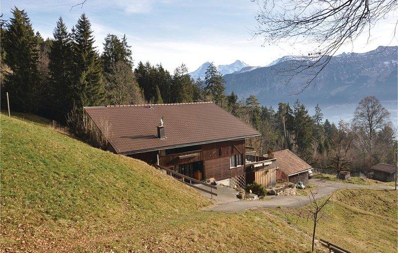 2 Zimmer Unterkunft in Beatenberg, location de vacances à Muelenen