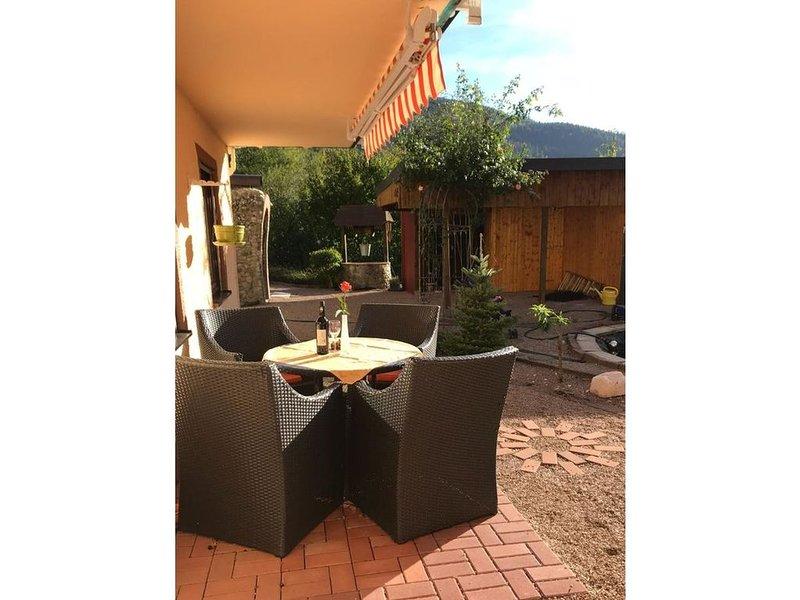 Ferienwohnung, 67qm, Garten, 2 Schlafzimmer, max. 4 Personen, vacation rental in Todtnau