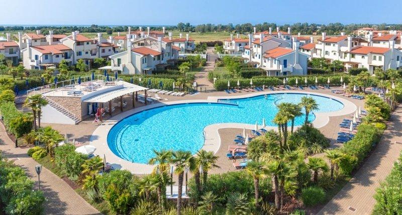 Ferienwohnung - 6 Personen*, 60m² Wohnfläche, 2 Schlafzimmer, Meerblick, Intern, vakantiewoning in Porto Santa Margherita