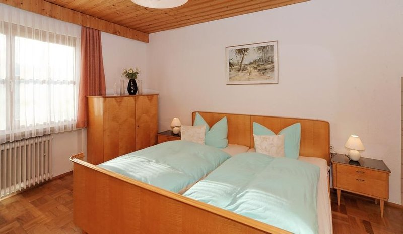 65qm-FeWo mit Balkon und herrlichem Ausblick zum Arber, holiday rental in Klatovy