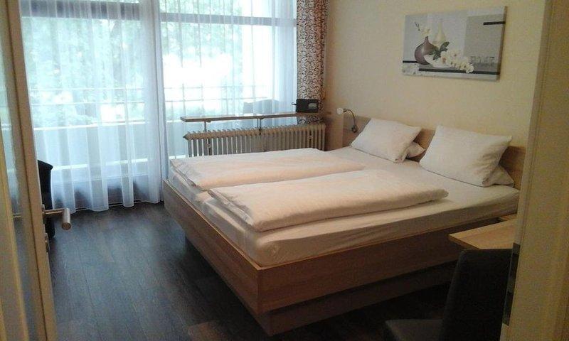 Appartement III | 22qm großes gemütliches Appartement in Parknähe für 1-2 Person, holiday rental in Bad Fussing
