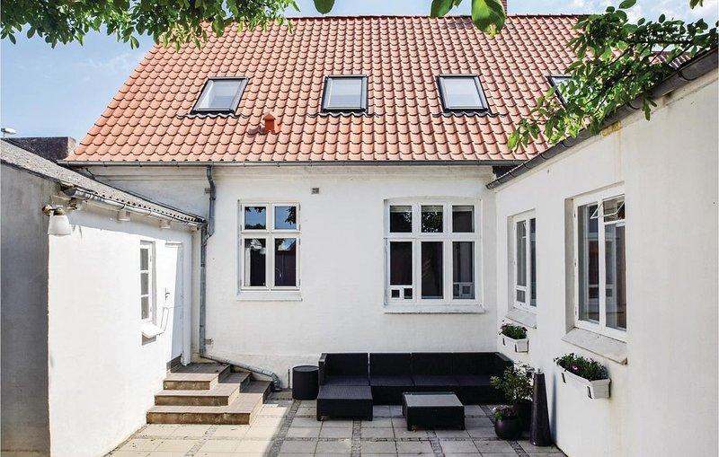 6 Zimmer Unterkunft in Rudkøbing, Ferienwohnung in Marstal