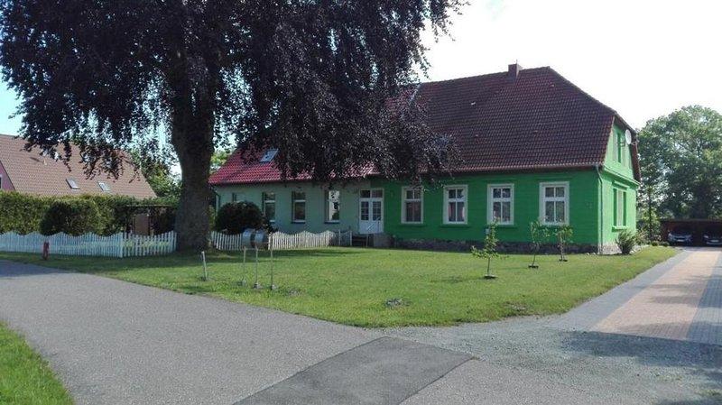 Ferienwohnung Kramerhof für 2 - 5 Personen mit 2 Schlafzimmern - Ferienwohnung, holiday rental in Lieschow