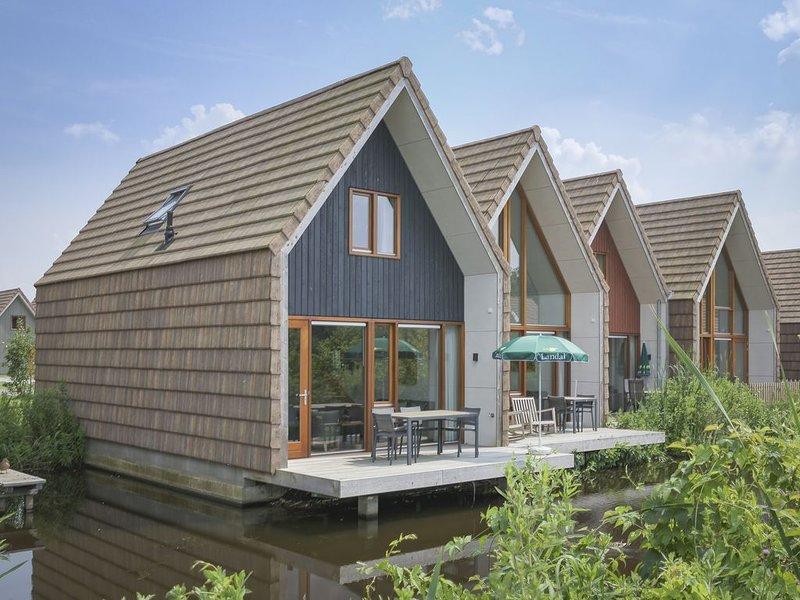 Komfort 4-Personen-Wasserhaus im Ferienpark Landal De Reeuwijkse Plassen – semesterbostad i Aarlanderveen