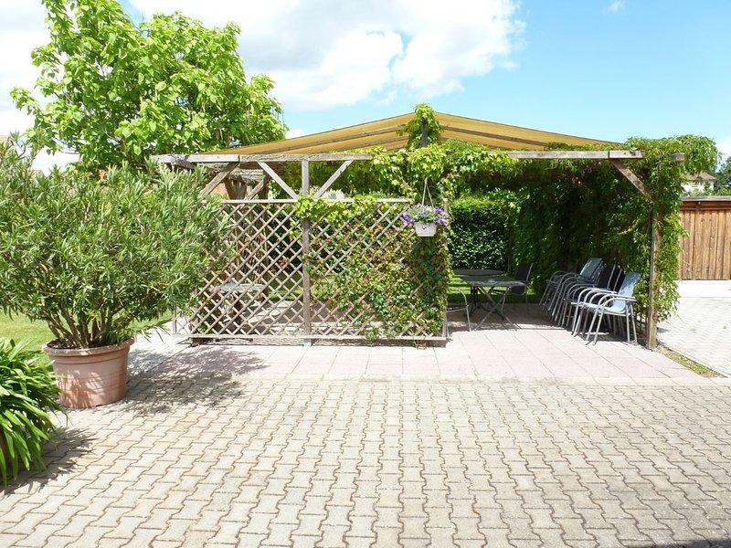 Apartments Leibold (Volkach) -Weinlaube