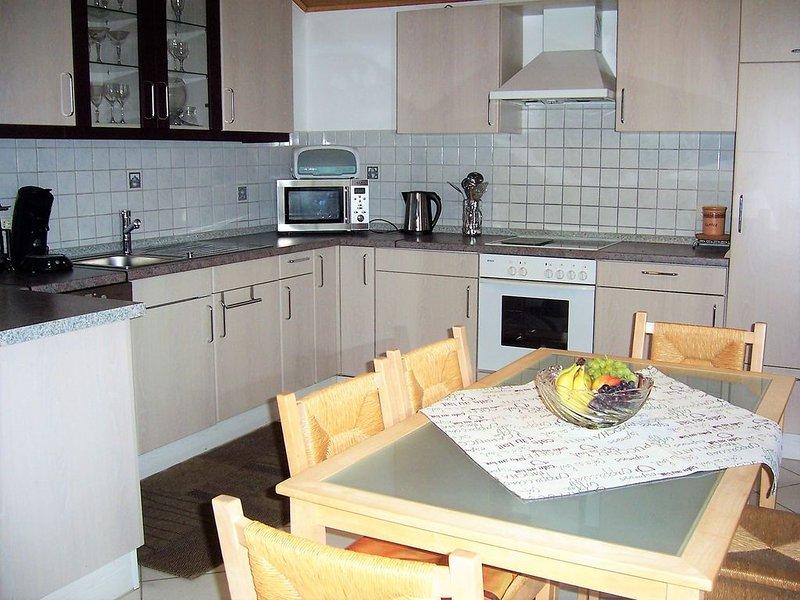 Feriendomizil mit 2 Balkonen, holiday rental in Deggendorf