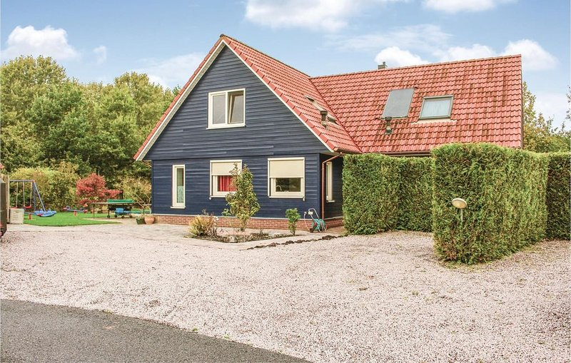 5 Zimmer Unterkunft in Zeewolde, vacation rental in Spakenburg