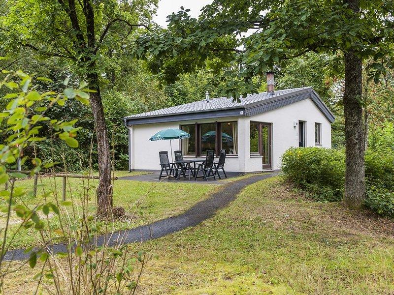 4-Personen-Ferienhaus im Ferienpark Landal Wirfttal, holiday rental in Birgel