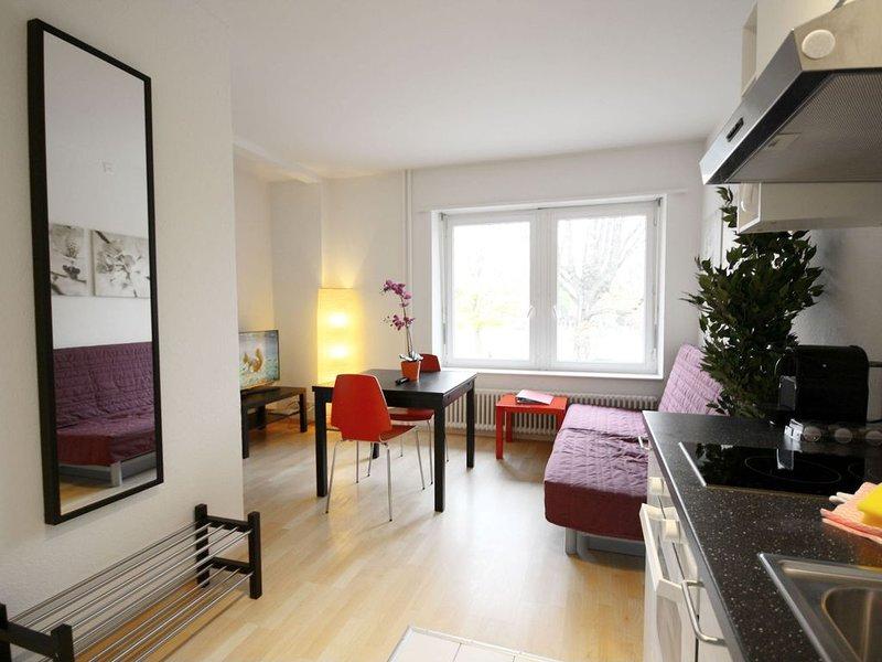 ZH DaCosta - Stauffacher HITrental Apartment, location de vacances à Obfelden