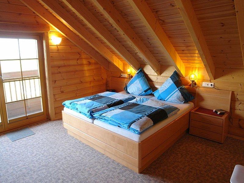 Ferienwohnung 2, 88qm, 3 Schlafzimmer, max. 5 Personen, holiday rental in Minsen