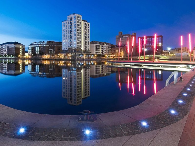 """Grand Canal Dock Waterfront Luxury """"Special Offer"""", holiday rental in Howth"""