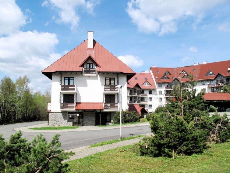 Ferienwohnung Klondajk (HRA120) in Harrachov - 4 Personen, 1 Schlafzimmer, vacation rental in Krkonose National Park