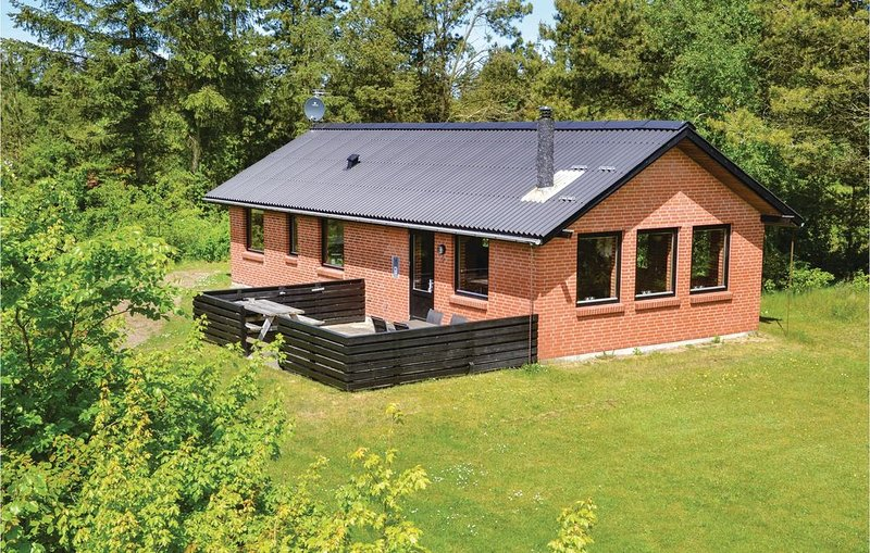 2 Zimmer Unterkunft in Hemmet, aluguéis de temporada em Skjern